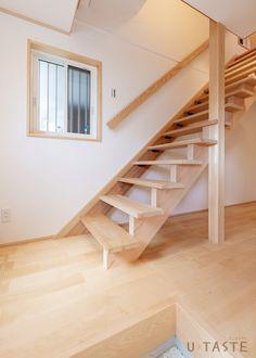 木の香りに包まれる小さな離れ | 施工作品 | U-TASTE 梅村工務店 Stairs, Home Decor, Stairway, Decoration Home, Room Decor, Staircases, Home Interior Design, Ladders, Home Decoration