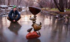 Michael Grab est passé maître dans l'art de faire tenir des pierres de toute taille en équilibre. Pas de colle, rien que des pierres superposées avec beaucoup, beaucoup de patience... Le résultat en vaut VRAIMENT la peine.