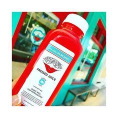 2016/11/09 13:16:12 yok_tbi *Watermelon♡ ………shaka pressed juice . watermelonのコールドプレスジュースが 大好き過ぎてます◟́◞̀♡ . . #coldpressedjuice#shakapressedjuice#watermelon#hawaii#waikiki#fruits#juice#fresh#beauty#detox#diet#healthy#yummy#コールドプレスジュース#シャカプレスジュース#スイカ#フルーツ#ジュース#ハワイ#ワイキキ#美容#デトックス#ダイエット Shaka Pressed Juice #美容