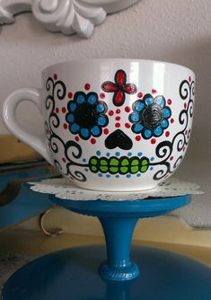 Hand painted sugar skull mugs. The mugs are made to order and take approximately days to complete. Sugar Skull is painted on one side only. Sharpie Projects, Sharpie Crafts, Sharpie Art, Sharpies, Pottery Designs, Mug Designs, Pottery Ideas, Painted Mugs, Hand Painted