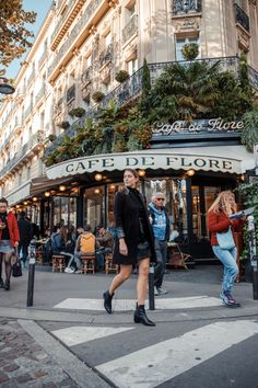 Cafe De Flore: Good coffee and omelets Paris 3, Paris Cafe, Montmartre Paris, Paris Pictures, Paris Photos, Paris Travel, France Travel, Travel Europe, Italy Travel