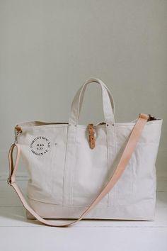 Grand Canvas Cargo Bag - Natural - FORESTBOUND