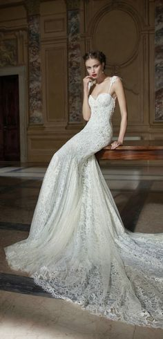 Absolutely gorgeous wedding dress!  Berta Bridal Winter 2014 Collection   www.pinterest.com/JessicaMpins/