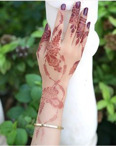 ✨ ✨ Palm Henna Designs, Pretty Henna Designs, Khafif Mehndi Design, Finger Henna Designs, Mehndi Designs 2018, Mehndi Style, Mehndi Design Pictures, Unique Mehndi Designs, Bridal Mehndi Designs