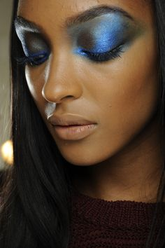Electric blue sparkle eye shadow