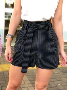 Shorts-Mada summer outfits for teens fashions Shorts-Mada summer outfits for teen fashion Short Outfits, Trendy Outfits, Short Dresses, Cute Outfits, Girl Outfits, Teenager Mode, Teenager Outfits, Teen Fashion, Fashion Outfits