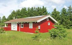 Holiday home Kornblomstvej Bindslev IX Bindslev Holiday home Kornblomstvej Bindslev IX is located in Bindslev, 1.5 km from the shop and restaurant. The property offers an open terrace and can accommodate up to 10 persons.
