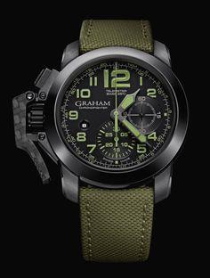 Mit Kühnheit ist der Uhrenhersteller Graham bereit, seine neue Generation Chronofighter Oversize im wahren Leben zu testen. Die robusten Chronographen brauchen extreme Bedingungen nicht zu fürchten. Sie sind für moderne Entdecker und Welt-Eroberer entwickelt worden.