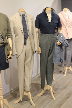 EIDOS NAPOLI AT PITTI UOMO 86: FOR THE (LESS THAN) IDLE  --  Look at where that button is - right at the waistline of the trousers. That's how it should be done.