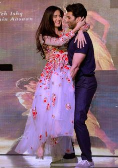 Fitoor promotions: Katrina-Aditya bring their on-screen chemistry alive on stage