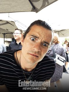 CLICK FOR MORE GIFS OF HOBBIT CAST (and other guys) Orlando Bloom - Comic-Con '14: @ewmagazine Celebrity GIF