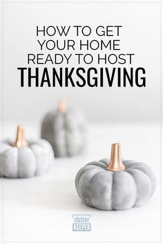 Get organized for Thanksgiving with this complete guide and free printable Thanksgiving planner with planning tips. Face this holiday with a clear mind and a solid plan. Decor Style Home Decor Style Decor Tips Maintenance Hosting Thanksgiving, Thanksgiving Ideas, Modern Fall Decor, Beautiful Kitchen Designs, Holiday Planner, Amazing Life Hacks, Homemade Pie, Food Storage Containers, Autumn Inspiration