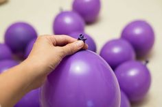 How to Make a Grape Bunch Costume (with Pictures) Grapes Costume, Fruit Costumes, Diy Baby Costumes, Diy Halloween Costumes For Kids, Funny Costumes, Creative Costumes, Halloween Books, Halloween Food For Party, Costume Ideas