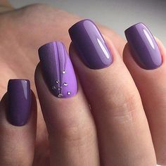 Herbst SeasonClassic Nail Art, Maniküre Love Herbst Classy The post 18 klassische Nageldesigns appeared first on Top Aktuelle. Purple Nail Art, Purple Nail Designs, Classy Nail Designs, Nail Art Designs, Nails Design, Dark Purple Nail Polish, Pedicure Designs, Purple Ombre, Black Nails
