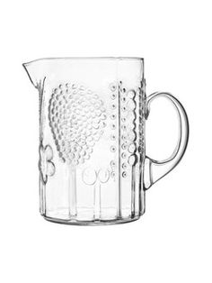 Picturing a perfect summer day inspired by this Flora pitcher. Nordic Design, Scandinavian Design, Clear Glass, Glass Art, Inside A House, Interior Design Elements, Simple Elegance, Mid Century Design, Glass Design