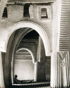 """The interior of Zaria's Friday mosque / © of Nigerien architect Rahim Danto Barry's publication titled """" Portes D'Afrique"""" #architectureedits"""