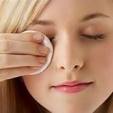 It is a common sight for the skin to sag and develop fine lines with increasing age. However, there are home remedies for sagging skin that help ... #skin #skincare