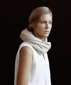 Interpretation 4 (Accessories): Scarf, Ouur by Kinfolk for Spring/ Summer Portrait Inspiration, Style Inspiration, Figure Poses, Kinfolk, Signature Look, Natural Looks, Summer Looks, Fashion Photo, Spring Summer