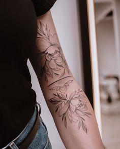 Delicate Tattoos For Women, Simplistic Tattoos, Sleeve Tattoos For Women, Mini Tattoos, Love Tattoos, Unique Tattoos, Sexy Tattoos, Piercings, Piercing Tattoo