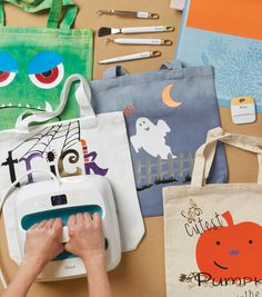 How To Make Trick Or Treat Halloween Canvas Totes