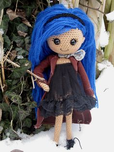 Crochet doll with blue hair. (Inspiration).