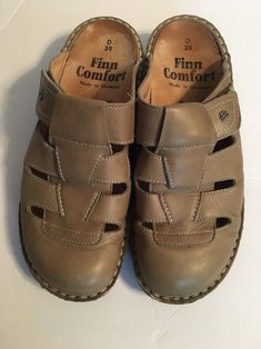 Finn Comfort Leather Java Clogs Size 39 D / 8 8.5 Wide Green Shoes Mules