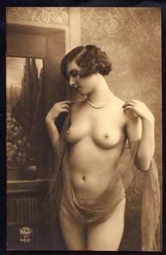 Nudes of the Vintage and Antique Sort