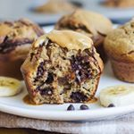 Did somebody say its nationalpeanutbutterday   These FLOURLESS PEANUT BUTTER BANANA MUFFINS are my absolute favorite way to eat PB  Theyre made in a blender so all you have to wash is one dish  Find the link to the recipe in my profile refinedsugarfree glutenfree dairyfree makingthymeforhealth buzzfeast foodblogeats inspiremyinstagram chalkboardeats mindbodygreen wholefoodie cookinglight eatingwithhealthmag foodsthought thatsdarling nourishingfood tiueats yahoofood tiunutritionplan todayfood…