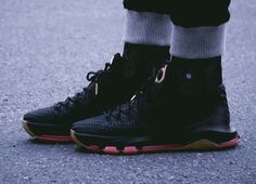 Nike KD 8 EXT Woven (via Kicks-daily.com)