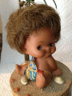 Adorable Vintage Hawaii 1950s Baby Hula Music Box by Colbyscreek, $19.50