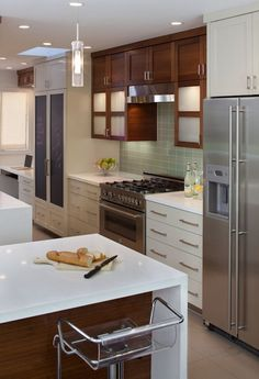 Suzie: Artistic Designs for Living - Modern white & cherry kitchen design with glossy white ...like the mix of cherry and lacquer since we have cherry but would love white lacquer...thinking of doing some white shelves and a modern white island
