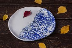 This unique white and blue plate is great for serving dessert or dinner. White handmade platter or cobalt dish is made in japan style stoneware is awesome christmas gift for her or for him. It is wabi sabi pottery. This blue hand painted tray will be great looking in a beach style kitchen or scandinavian dining. Blue sea splash is a very contrast on a white glaze. This plate or tray is perfect for those who appreciate modern stoneware. This blue minimalist ceramic plate is a a very good of…