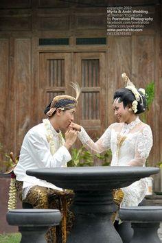 #Foto Wedding Yogyakarta by Poetrafoto Photography Indonesia, http://wedding.poetrafoto.com/foto-wedding-yogyakarta-by-poetrafoto-indonesia_380