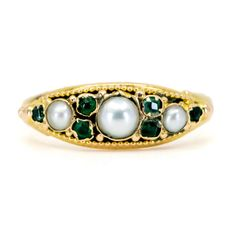 This beautiful antique ring feature Pearls and Emeralds in Gold. Design Era: Late Victorian Size: NL / FR / US / M UK Weight in grams: Condition: Good condition - used with some signs of wear Gold Rings Jewelry, Jewelry Gifts, Gemstone Rings, Antique Rings, Antique Jewelry, Vintage Jewelry, Aesthetic Era, Gemstone Colors, Turquoise Bracelet