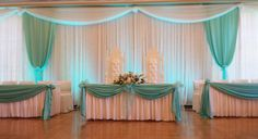 Pearl Studio's wedding reception in Seattle - white and mint