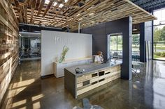 Cool offices: Interior Environments Office and Showroom in Novi, USA