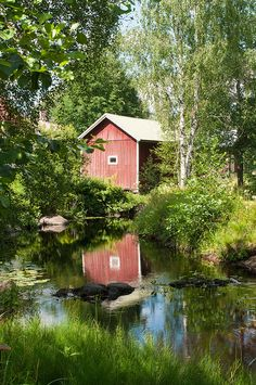 Food Pictures, Finland, Outdoor Living, Cabin, House Styles, Home Decor, Historia, Outdoor Life, Decoration Home