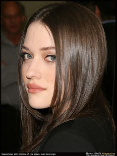 Funny Girl: Kat Dennings : Click image to close this window Kat Dennings, Prettiest Actresses, Beautiful Actresses, Two Broke Girl, Beauty Around The World, Marvel, Girl Humor, Dark Hair, Pretty Face