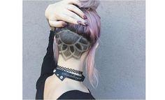 NEU:+Tribals!+Trendige+Frisuren+mit+Symbolen+auf+der+Kopfhaut+rasiert.+Etwas+für+Dich?