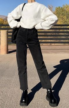 Retro Outfits, Cute Casual Outfits, Stylish Outfits, Casual Ootd, Teen Fashion, Korean Fashion, Fashion Outfits, Jugend Mode Outfits, Looks Pinterest