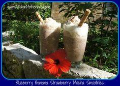 Inspired by International Delight: Blueberry Banana Strawberry #IcedDelight Mocha Smoothie #CBias