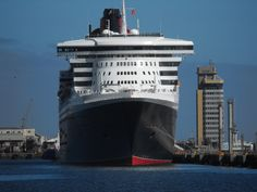 Queen Mary 2 Cape Town Harbour South Africa 5th February 2011
