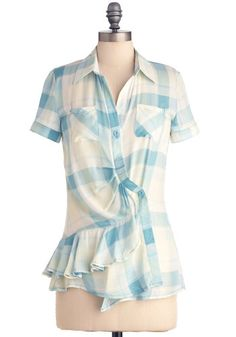 Love the fun and different take on the plaid shirt...very summery!