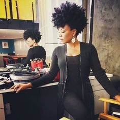 Natural Hair Queens: Natural Hair Queens: Photo Showing love to natural hair queens of all colors, races, nationalities, textures, & sizes. Almost all of the women here are rocking their own real natural hair. Natural hair does grow. Tapered Natural Hair, Pelo Natural, Natural Hair Mohawk, Beautiful Black Hair, Queen Hair, Natural Styles, Natural Hair Inspiration, Big Hair, Hair Today