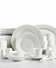 Gibson Studio Bistro Dining 16-Piece Square Dinnerware Set White | houses | Pinterest | Dinnerware Dining and Kitchen things  sc 1 st  Pinterest & Gibson Studio Bistro Dining 16-Piece Square Dinnerware Set White ...