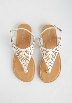 Engagement Picnic Sandal in Ivory. Celebrate love in these ivory sandals! Ivory Sandals, Cute Sandals, Cute Shoes, Me Too Shoes, Pretty Shoes, Sandals Outfit Summer, Summer Shoes, Vintage Inspired Dresses, Types Of Shoes