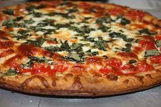 Biscuiți fragezi, gata într-un timp record! Descoperiți cea mai simplă rețetă pentru un aluat universal! - Bucatarul Vegetable Pizza, Vegetables, Food, Sweets, Hoods, Vegetable Recipes, Meals, Veggies