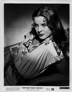Jean Peters in a publicity photo for Captain From Castile (Henry King, Old Hollywood, Viejo Hollywood, Golden Age Of Hollywood, Hollywood Glamour, Hollywood Stars, Hollywood Actresses, Classic Hollywood, Actors & Actresses, Classic Beauty