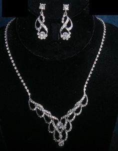 Silver Vintage Rhinestone Formal Wedding Bridal Necklace Earring Jewelry Set