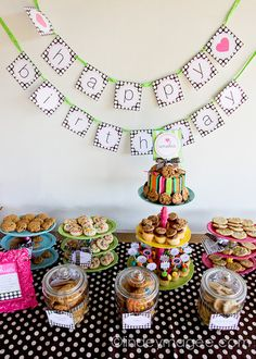 Milk and cookies party from TomKat Studio